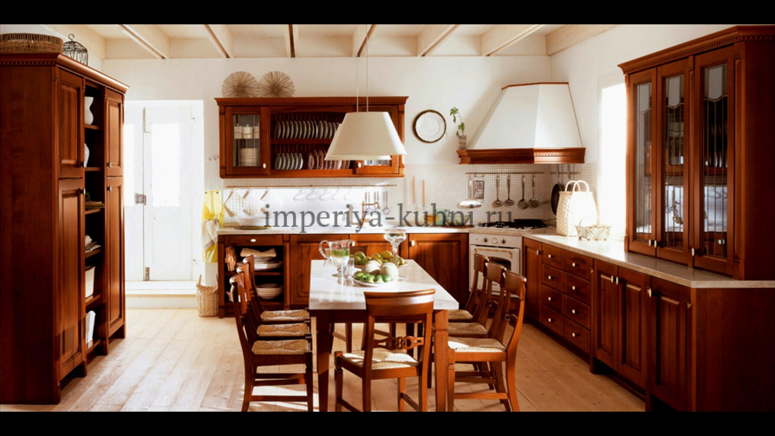 Фото кухни из массива дуба. Модель-Бергонция. Цвет-Миндаль.